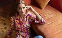 Yasmin Le Bon vende abiti e accessori di una vita su Vestiaire Collective