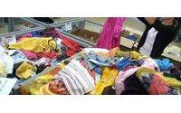Правительство Киргизии предлагает вложить 950 тыс. долларов в производства трикотажа