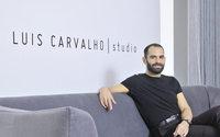 Luís Carvalho de olhos postos em Paris