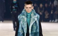 Dior Homme y Balmain, canto a una moda para hombres atrevidos
