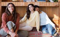 Outerknown, la marque de Kelly Slater, s'intéresse aux femmes