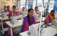 Nueve muertos y 50 heridos en la explosión en una fábrica textil de Bangladesh