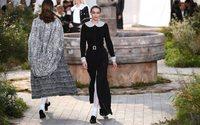 Chic dans la simplicité : Chanel retourne aux sources à Paris