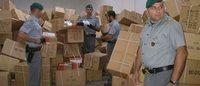 GdF Catania: scoperto un megadeposito merce contraffatta, 11 cinesi denunciati