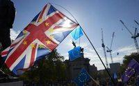 """Brexit : le Medef appelle les entreprises à se préparer """"au pire scénario"""""""