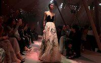 """Dior dévoile une collection """"capsule"""" pour son premier défilé à Dubaï"""