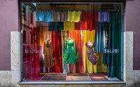 Milan : mode et luxe envahissent le Salon du Meuble