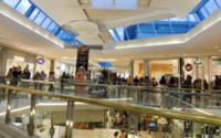Retail: a marzo +2,9% su anno, bene i prodotti cosmetici. Calo delle calzature