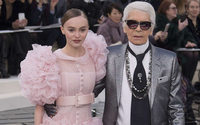 Haute Couture: tweed, feathers and mirrors at the Chanel show