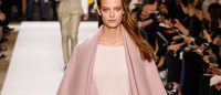 Chloe mixes femininity with attitude at Paris fashion
