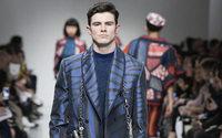 Desfiles de Londres: a moda começa a 'assentar-se' em novos formatos