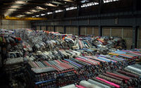 Disminuye el volumen de mercancía textil y de calzado subvaluada en México