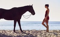 A second encounter for Kendall Jenner and Longchamp's majestic horse