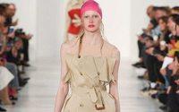 "Paris Fashion Week: la ""travel victim"" di Maison Margiela"