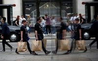 Number of retail jobs falls in Q1 amid rising pressure on retailers