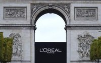 Luxury cosmetics help sales pick-up at L'Oréal