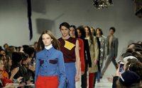 NYFW: Calvin Klein porta la politica in passerella