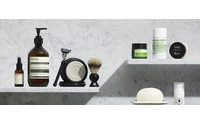 Mr Porter moves into grooming
