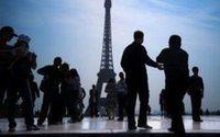 Les dépenses touristiques ont poursuivi leur chute en mai