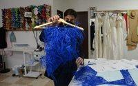 En Espagne, un créateur fait le pari de la haute couture dans son village natal
