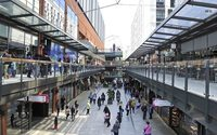 Easter events boost sales and footfall at London Designer Outlet, overseas shoppers also key