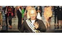 Zum Schluss der Schauen in Paris: Goldkonfetti für «Miss Gaultier»
