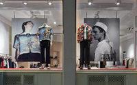 Le concept store The Broken Arm offre ses vitrines à Prada