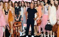 Milano Moda Donna scalda i motori: Armani non chiuderà la fashion week