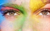 QVC-Studie: Die Mehrheit der deutschen Frauen fühlt sich mit Make-up schöner