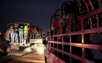 Routes de tous les dangers pour les ouvrières du textile au Cambodge