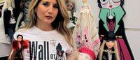 """""""Wall of dolls"""", il muro di bambole contro la violenza sulle donne"""