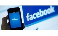 Facebook revenue smashes expectations as mobile ad sales surge