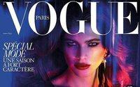 Una modelo transexual brasileña hace historia en la portada de Vogue París