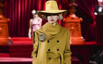 4ee8018a15599 Dolce   Gabbana celebra il ritorno all eleganza - Notizie   Sfilate  ( 1071708)
