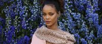 Rihanna prepara uma linha de maquilhagem
