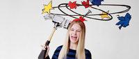 Red Valentino ケイト・モスの妹をモデルに起用したヴィジュアル公開