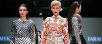 """""""É a vez da Ásia"""", afirma a estilista malaia Farah Khan"""