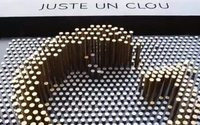Напротив бутика Cartier появилась арт-инсталляция