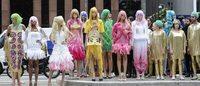 Muñecas mangas con vida invaden el corazón financiero de Brasil