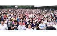 Streik in chinesischer Schuhfabrik unter Druck beendet