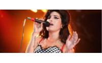 Amy Winehouse continua a ser ícone de moda