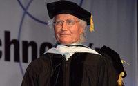 """Luciano Benetton riceve la laurea honoris causa in """"Belle Arti"""" dal FIT di New York"""
