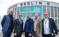 Berlins Bürgermeister Michael Müller und Berlins Wirtschaftssenatorin Ramona Pop auf der Panorama