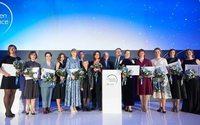 Российским женщинам-ученым вручили стипендии L'Oreal-Unesco «Для женщин в науке»