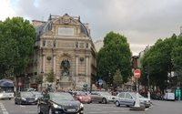 New Sunday store-opening zones come into effect in Paris on August 25
