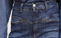 """Closed lanciert umweltfreundlichere Jeanslinie """"A Better Blue"""""""