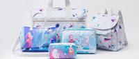 レスポートサックが発売「アナと雪の女王」に着想した日本限定フローズン コレクション