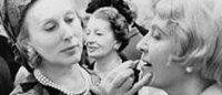 Estée Lauder, la donna che inventò il campioncino