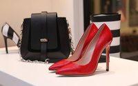 UK consumer spending stays weak as fashion falters says Visa