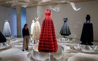 A Londres, une exposition sur et par Azzedine Alaïa
